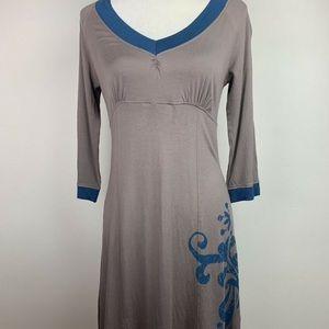 Athleta Gray Blue V Neck Dress w/ Floral Design